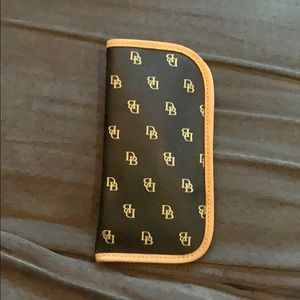 Dooney and Bourke Glasses Case